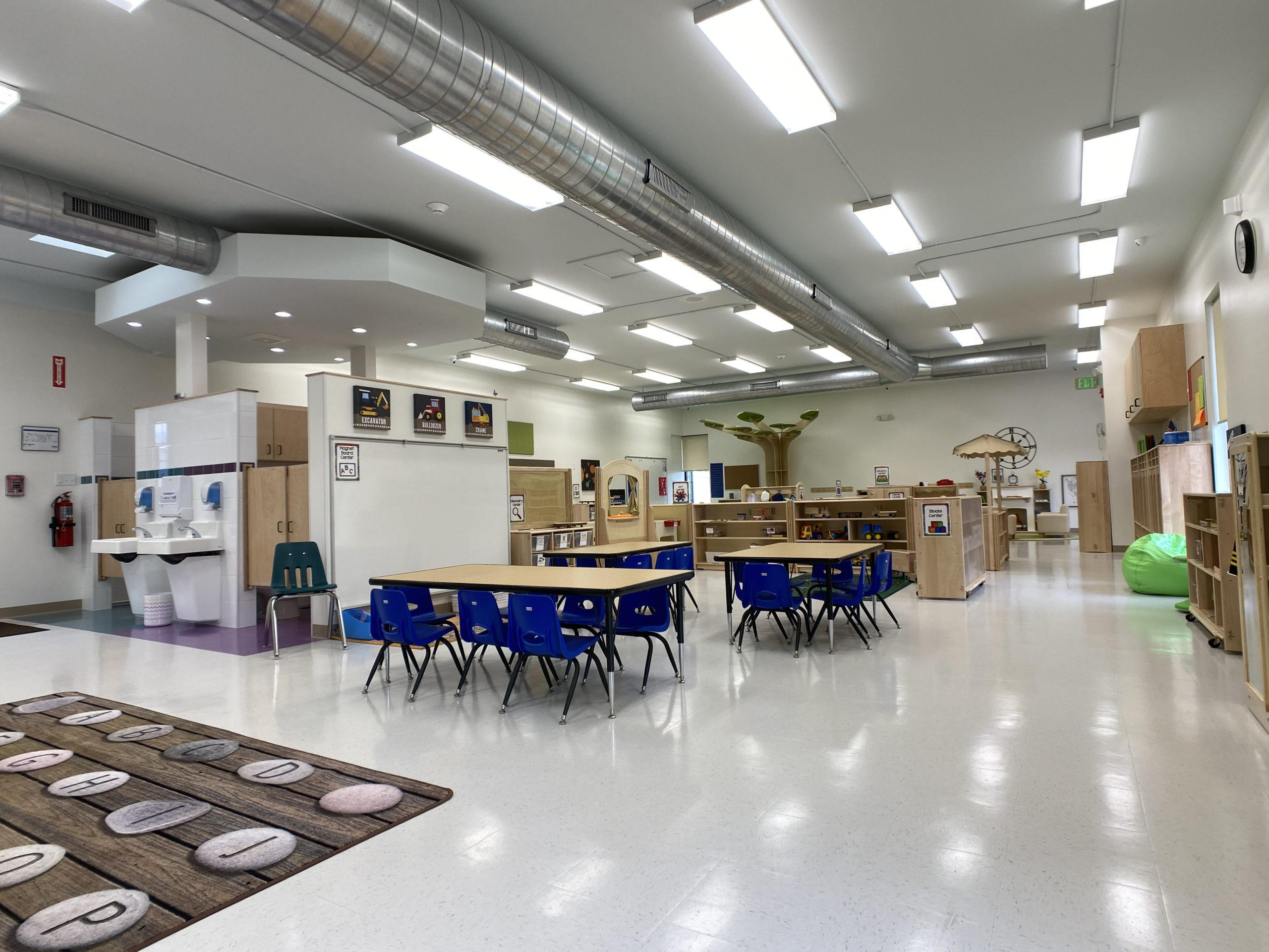 children's learning area - full space