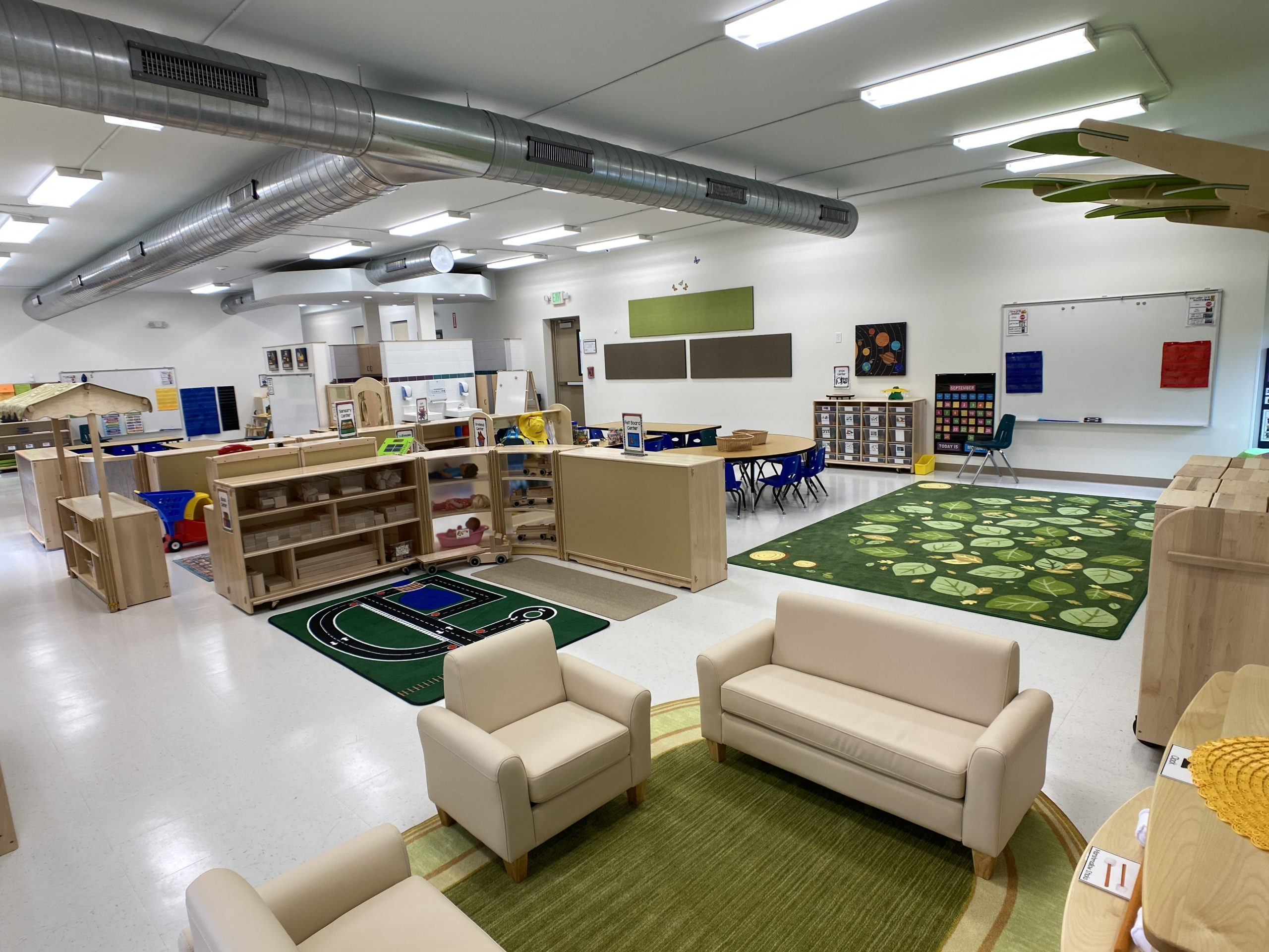 children's learning area - whole space